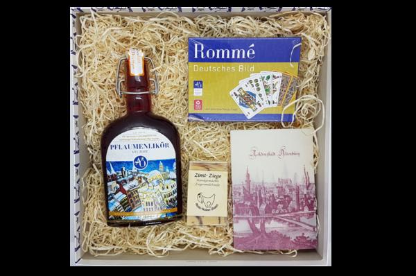 Eine schöne Mischung aus Rommé, Seife und süßem Likör - da kann der Winter kommen (oder bleiben).