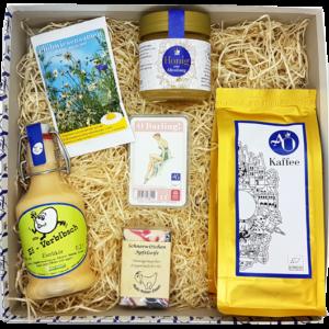 Unsere O Darling-Box: Ein ideales Geschenk für starke Frauen mit leckeren Genüssen rund um unsere elegante O Darling-Skat-Karte